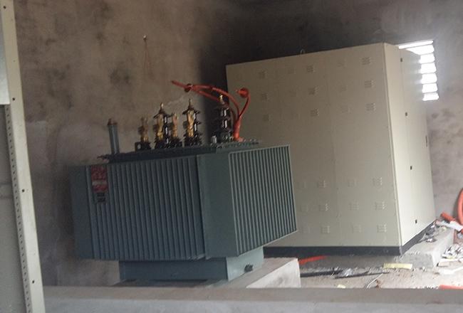Máy biến áp, tủ điện